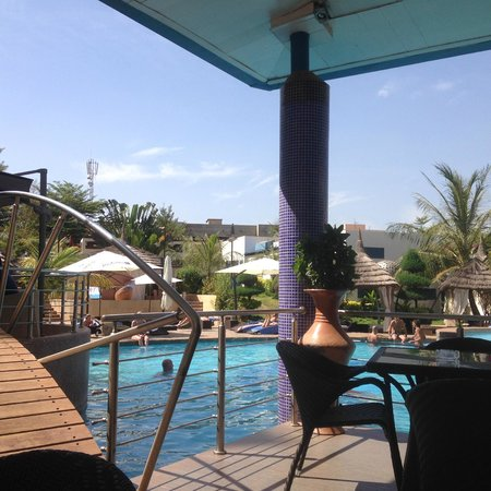 Radisson Blu Hotel, Bamako : Piscine