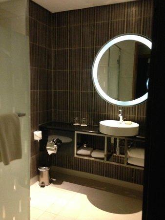 Radisson Blu Hotel, Bamako : salle de douche