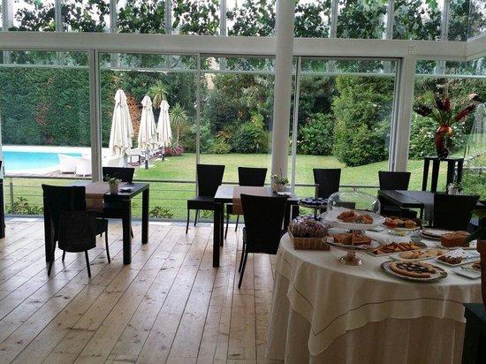 Villa Maria Cristina : Colazione con vists giardino