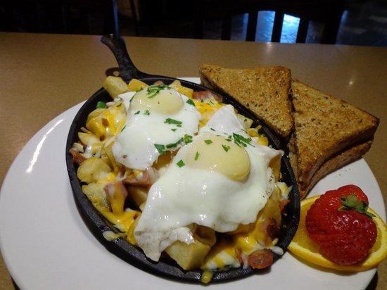 Moose Mulligans : Breakfast on the Weekends!