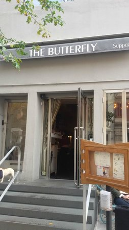 Butterfly Cafe : FACHADA