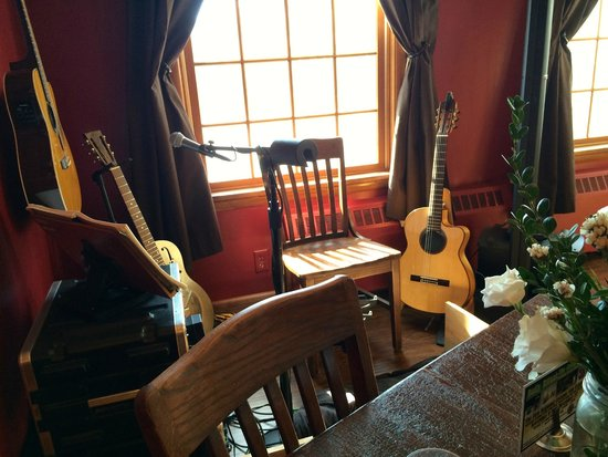 Saxonburg, PA: Music nook at the front of the house.