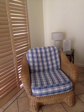 Macrossan House Boutique Holiday apartments : Comfortable seating