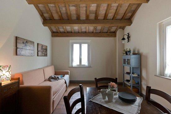 il soggiorno-cucina dell\'Acacia - Picture of Molino Monacelli ...