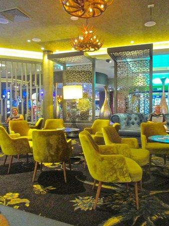 Bribie Island RSL: The lounge & Bar