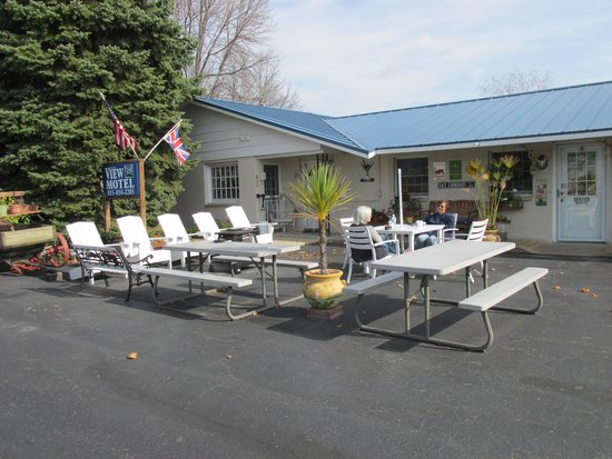 The View Motel: Warm and friendly place to gather together
