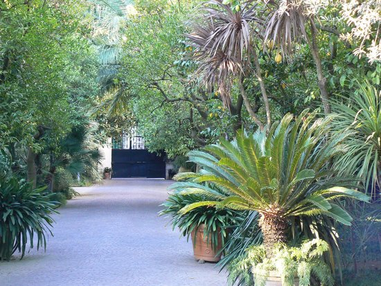 Relais Villa Savarese: The gardens