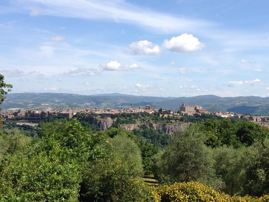 Pietra Campana: View of Orvieto from the breakfast table