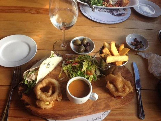 Crab Shack: Lunchtime Fish Platter - highly recommended