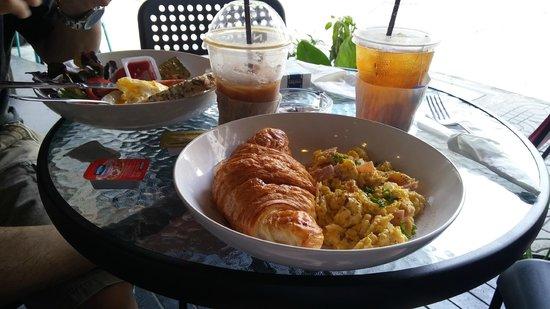 Zeno Cafe