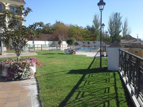 Hotel RL Ciudad de Ubeda: Jardín
