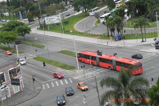 Lizon Curitiba Hotel: Vista do hotel