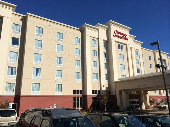 Hampton Inn & Suites Durham North I-85: Hotel Property
