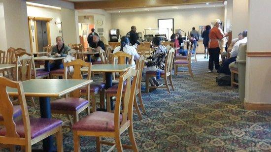 Country Inn & Suites By Carlson, Orlando: Café da manhã
