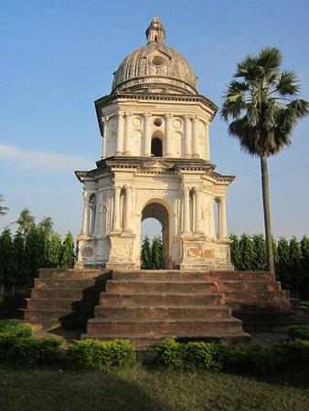Susana Anna Maria monument: The Susanna Anna Maria Memorial