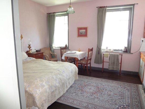 Bendalls Bed & Breakfast: Samuel Bendall room