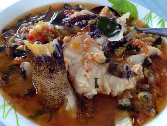 City Extra : Woku Ikan Goropa (ikan malas)
