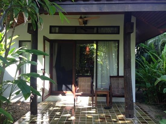 Baan Orapin Bed and Breakfast: Rear Junior Suite
