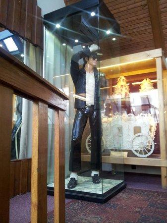 Marzipan Museum : MJ Marzipan