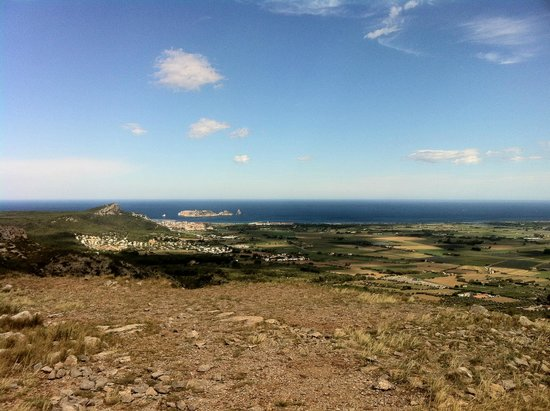 Castillo de Montgrí: Vue sur la côte