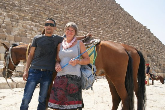 Star Shine Tours : at the most important place to visit the great pyramids