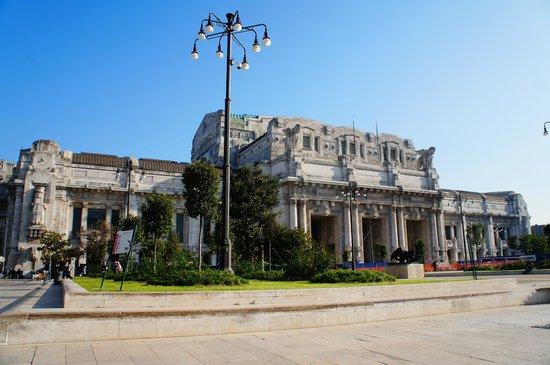 Club Hotel: ЖД вокзал