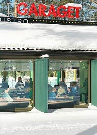 Vinter bild fr n bistro le garage ume tripadvisor - Le garage restaurant montbonnot ...