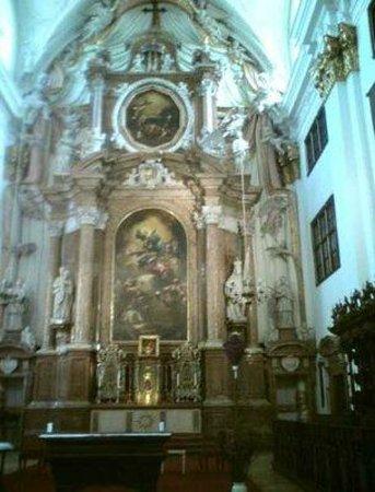Alter Dom : Altar.