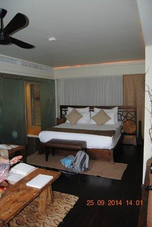 Dhevatara Beach Hotel : *