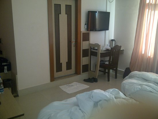 Hotel Royal Highness: Twin bed room