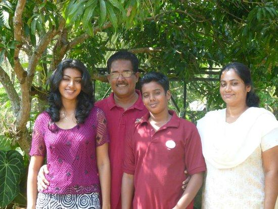 Nelpura Heritage Homestay: Mr Chacko and his family