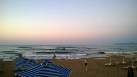 Hotel Nektar Beach: Evening view from Nektar Beach restaraunt