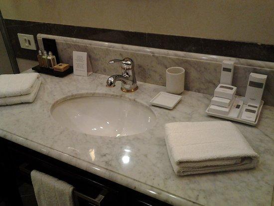 Miramar Hotel by Windsor : baño