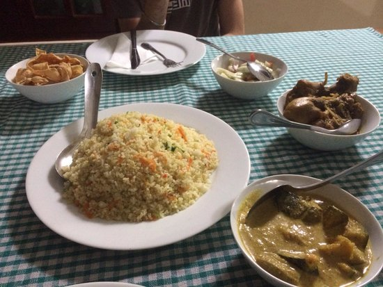 Paradise Inn: excellent rice&curry