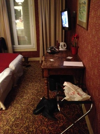 Hotel George Sand : Décoration des chambres à revoir