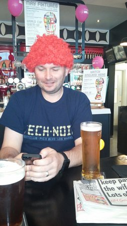 The Grand Electric Hall: Carling turns my hair red