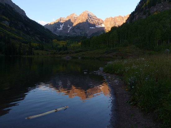 The Innsbruck: Maroon Bells