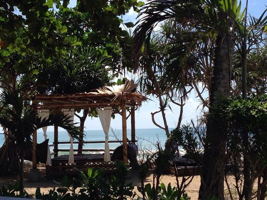 MOONLIGHT Exotic Bay Resort : Chill out spot