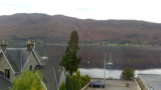 Cruachan Hotel : view of the loch from the window