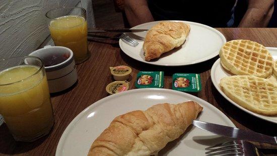 M Montreal : Café da manhã