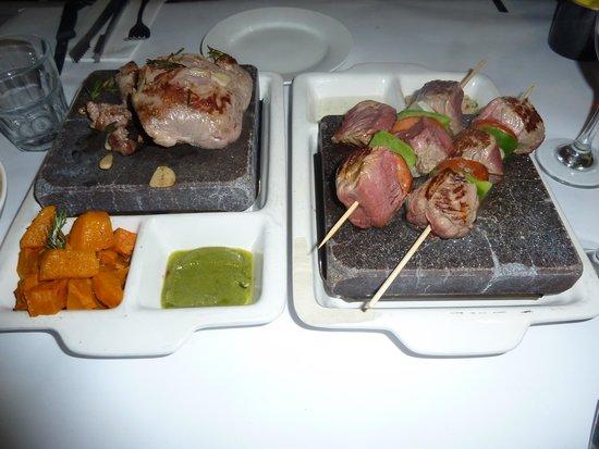 Village Cafe Restaurant & Bar: Hot Rocks