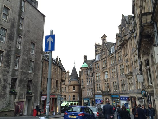 Haggis Hostels: The Royal Mile