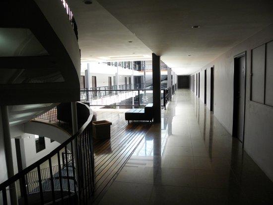 Palm's Hotel Trinidad: Corridor