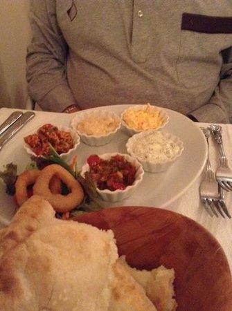 Turkish Grille Restaurant : mixed meze to start