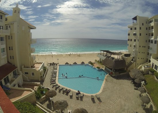 Bsea Cancun Plaza: View from room