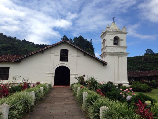 Orosi River Valley  ( El Valle del Rio Orosi ): The oldest Catholic Church in Costa Rica, dating back to 1699!