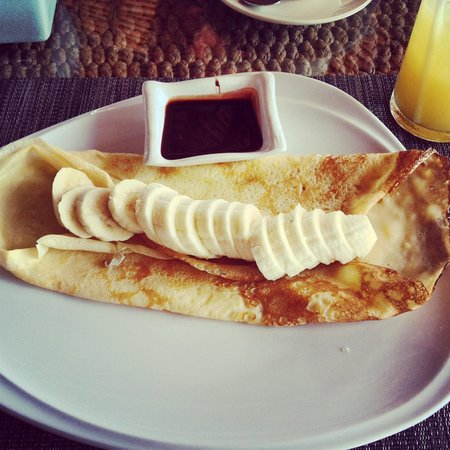 B 52 Beach Resort: The best pancakes IN THE WORLD!!!!