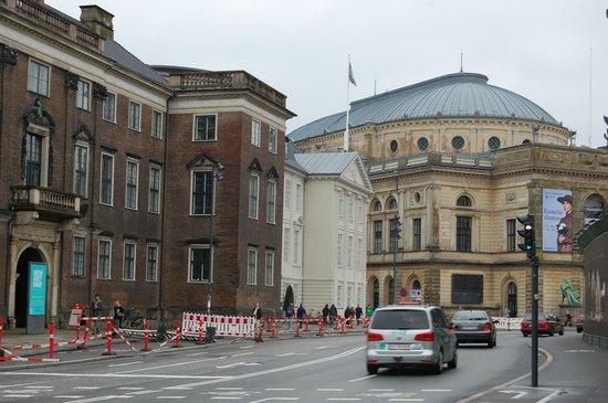 Royal Danish Theater (Kongelige Teater): Arquitetura neoclassica