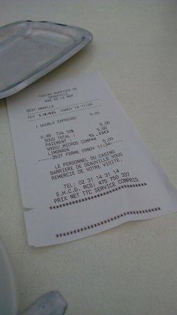 Bar de la Mer : Double expresso à 5 euros, pas donné mais sur les planches et face à la mer...