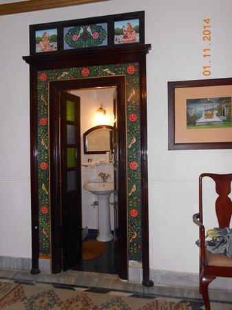 Hotel Ganges View : Blick in das Badezimmer